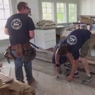 <p>Get the facts on a pre-finished floor installation at 0:42.</p><br/>
