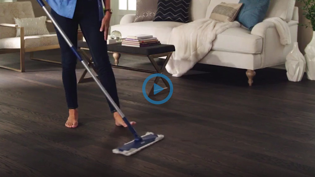 Enjoy quick and easy floor cleaning with Bona Disposable Dusting Cloths. Great for saving time and getting the most from your Bona Mop!